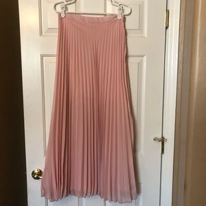 Dresses & Skirts - Gorgeous long blush skirt